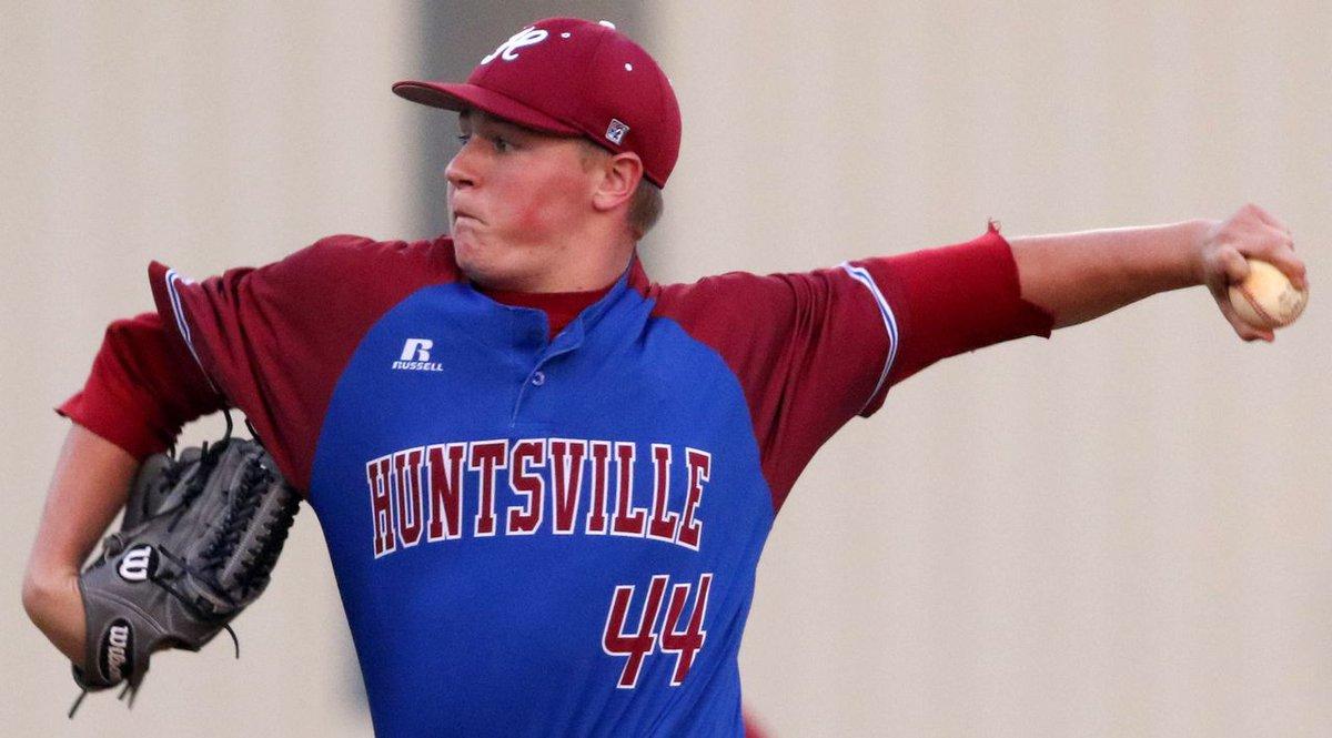 Former Huntsville HS pitcher named Collegiate Baseball Newspaper Co-Freshman of the Year https://t.co/jhrnMHEYM3 https://t.co/gul34v9dI8