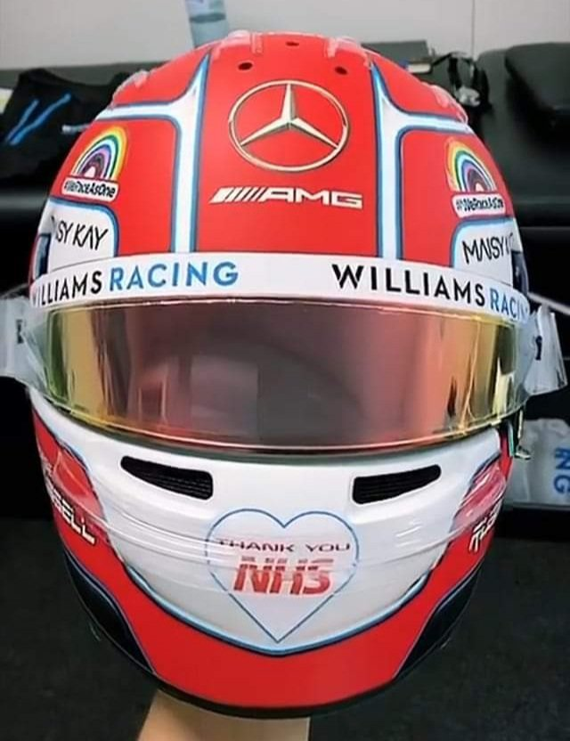 Kudos to @GeorgeRussell63 for having #thankyouNHS on his @F1 racing helmet 💚 #bluelighthappy https://t.co/eEFgFLgJZr