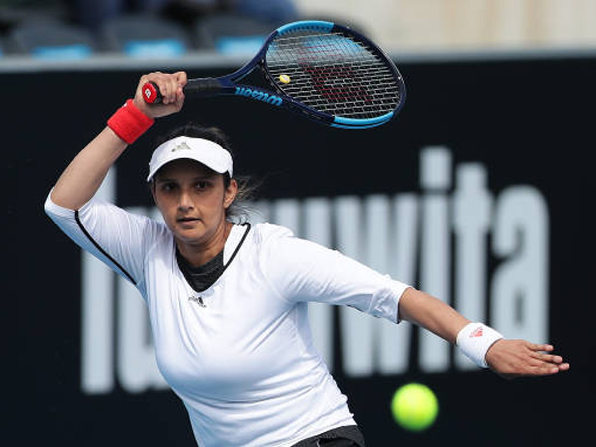#AdriaTour #SaniaMirza  Adria Tour aftermath shows the health risk that exists: @MirzaSania  Read: https://t.co/f6hpCAYjzr https://t.co/bt2wY8LFwN