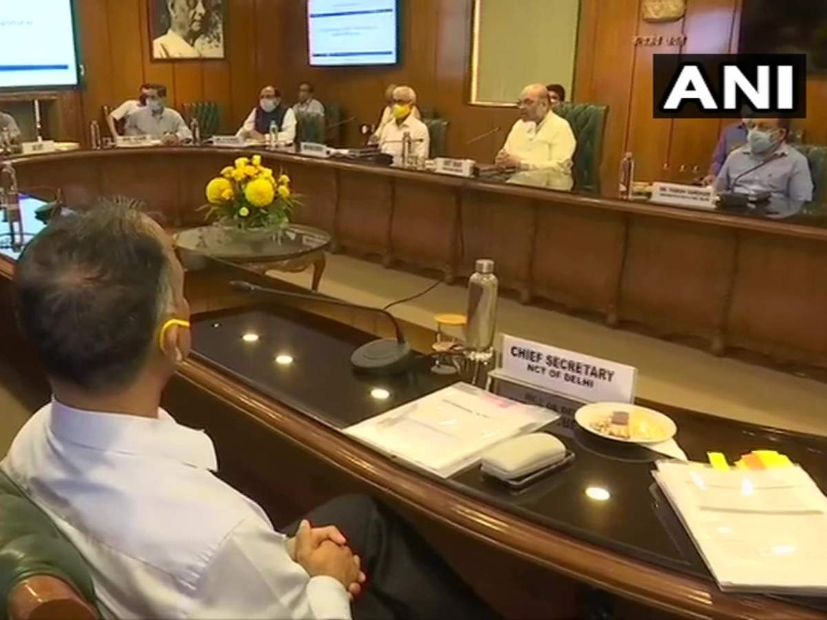 Home minister Amit Shah emphasises on more Rapid Antigen test for #Covid_19; early hospitalisation    READ: https://t.co/8sv1H3wPkR https://t.co/r7Kn5hpRfo