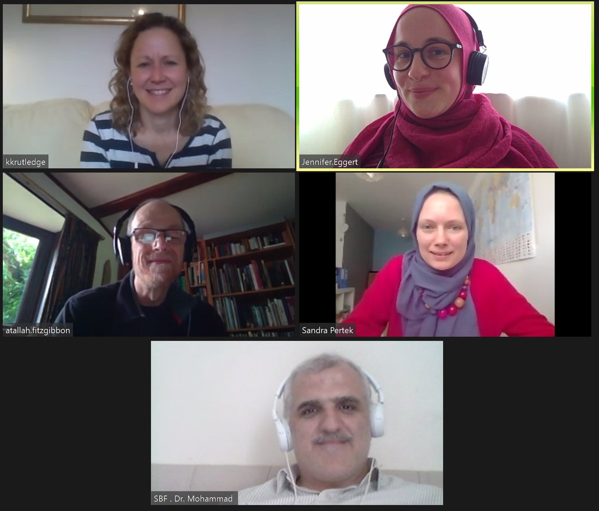 And it's a wrap! Just finished the last day of our (virtual) workshop on #gender, #faith & #MHPSS  It's so good to see how far this project (that formally started more than a year ago) has come...pic.twitter.com/UYz3OBDOFQ