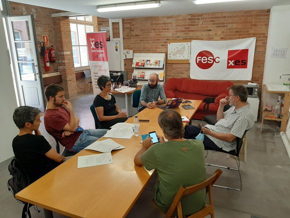 Reunides amb Regidora @Lucia_MartinG @BCN_SantAndreu a canXES per tractar alternatives de feina des de l'ESS #pandèmiasolidària https://t.co/oAfU94GswF