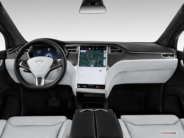 @elonmusk Please design the 17 screen on the Cybertruck to be seamless with the dash like the model Y. The design like the model 3 looks too much like an add-on and not something meant to be there. This is just such a clean look #Cybertruck #Tesla