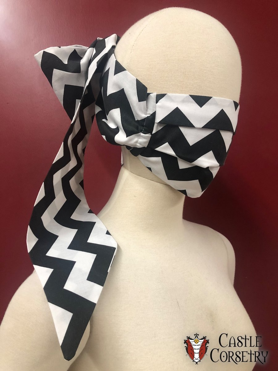 Take a look at our new print for our Bow Masks! Perfect for any Twin Peaks fans out there!    #Facemask #castlecorsetry #mask #covid #coronavirus #quarantine #heavymetal #bow #vintage #pinup #laurapalmer #twinpeaks #blacklodge #Davidlynch #greatnorthern