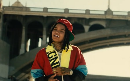 """@YoungMAMusic Lit music video for """"Foreign"""" is a must watch - https://t.co/H5IyarGQel via @YourInfoDaily4 https://t.co/8MfDwOdl3W"""