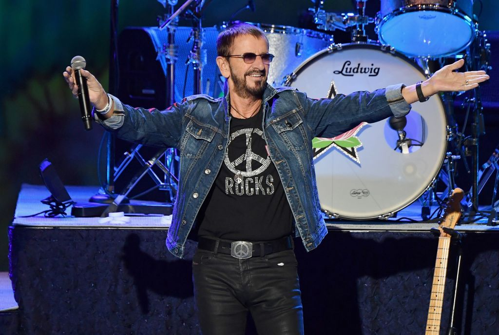 . @ringostarrmusic's 80th Birthday Virtual Charity Concert To Feature @PaulMcCartney, @SherylCrow, @GaryClarkJr, And More, Will Benefit @MusiCares And #BlackLivesMatter  https://t.co/7HQ0bN7vei https://t.co/aeF2UTSa2M