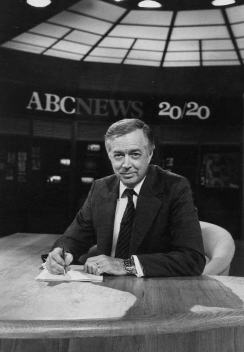 "RIP Hugh Downs. He set the bar ⁦@ABC2020⁩ with Barbara Walters. ""We're in touch, so you be in touch.'"