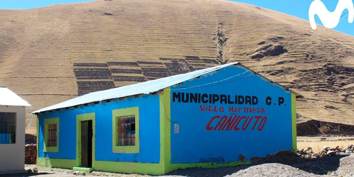 2/4 🇵🇪 #InternetParaTodos es un proyecto que busca democratizar el acceso de internet para generar igualdad de oportunidades para todos. En un año ya ha conectado a 1.5 millones de peruanos en 9,000 comunidades rurales. https://t.co/KH0nJwvk7K