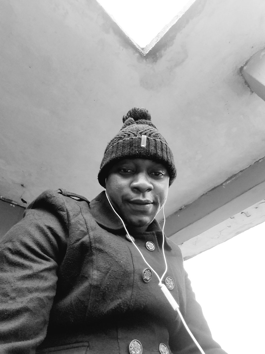 #always expects the unexpected.... Cuz we still gat hood #staysafe# pic.twitter.com/RfhvQ5ygLV
