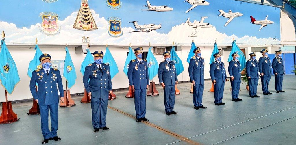 Efectuamos el acto de Ascensos a las Damas y Caballeros del Aire, desde la jerarquía de Sargento Primero hasta el grado de Coronel, que con honor, disciplina, humildad y respeto, entregan todo de sí en sus labores diarias para fortalecer el desarrollo y soberanía de Venezuela. https://t.co/OBY9MfFVhm