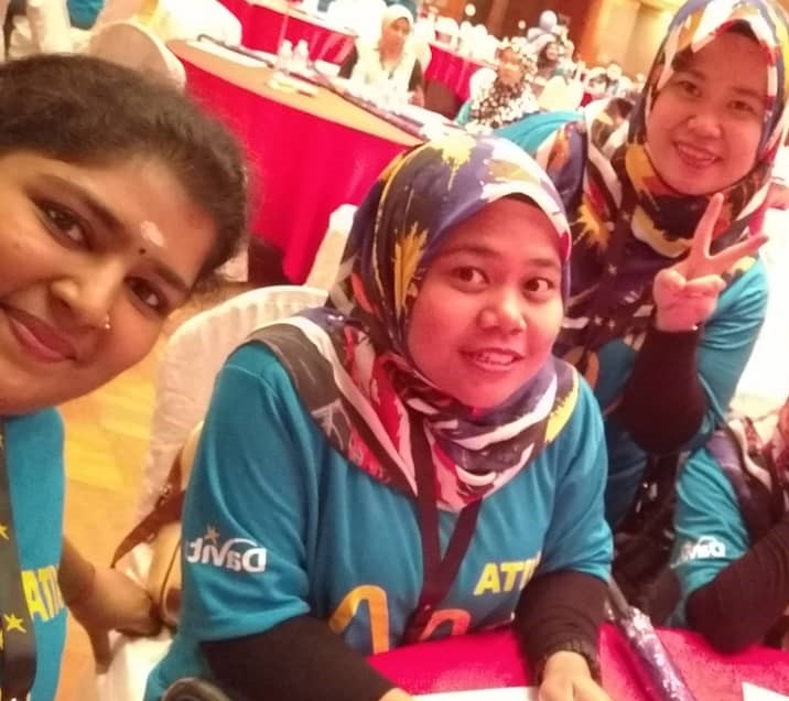 """""""My advice to others is to show care, show love and help everyone."""" - Baanu Pannirselvam, #nurse and facility admin, DaVita Malaysia  Baanu emphasizes that health care professionals should care for patients with as much intensity as they would for family. #DaVitaWay #Nurses2020 <br>http://pic.twitter.com/YQkCycryxM"""
