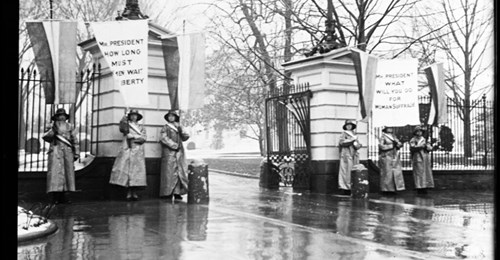 Thank you to @FLOTUS  First Lady Melania Trump for her new initiative for our American youth: Building the Movement: America's Youth Celebrate 100 Years of Women's Suffrage!  #WomensSuffrage #100yearsago  https://t.co/TQdVCCgCRD https://t.co/2HHm7y3u5W