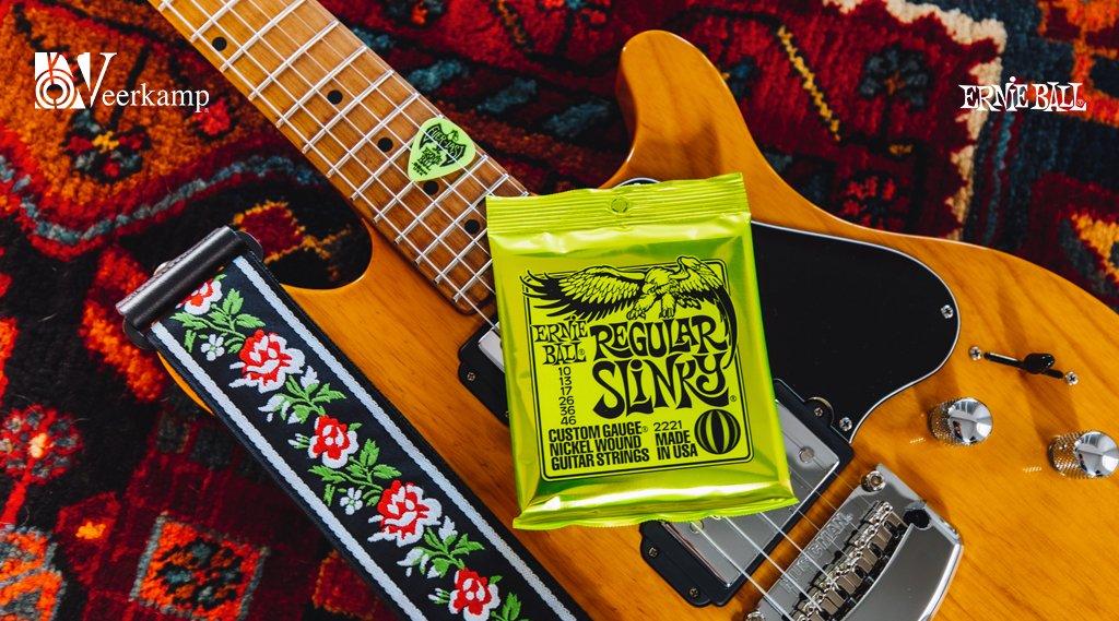 🕰 ¿Hora de un cambio de cuerdas?  👉 El set Regular Slinky Nickel Wound de Ernie Ball te darán un sonido brillante y balanceado.   👉 Calibre: 10-46  📍 Encuéntralas aquí: https://t.co/i1USUBlwni   #iplayslinky 🎶 #JuntosHaciendoMúsica 🎶 https://t.co/PwuYd5LAzn