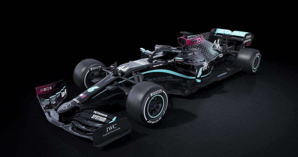 Looks like @MercedesAMGF1 is ready to #UnleashTheBeast with a fresh new look 👀  #WeRaceAsOne https://t.co/Co2dwbIUQy