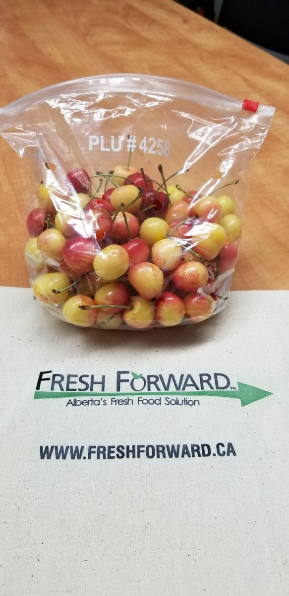 We have our first shipment of rainier cherries from BC!!  And they are AWESOME!!! #FreshFood #cherries #EatFresh #shoplocal #ABOwned #yegfood #FreshBox #PayItForwardBox #FreshForward #contactlessDeliverypic.twitter.com/iTfAzlTL1S