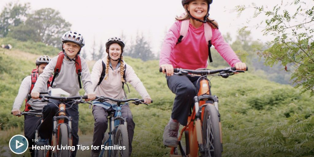 With families spending more time #TogetherAtHome, here are some helpful tips to use that time to keep everyone happy and healthy! https://buff.ly/3iomLerpic.twitter.com/lXhhJcN9FI