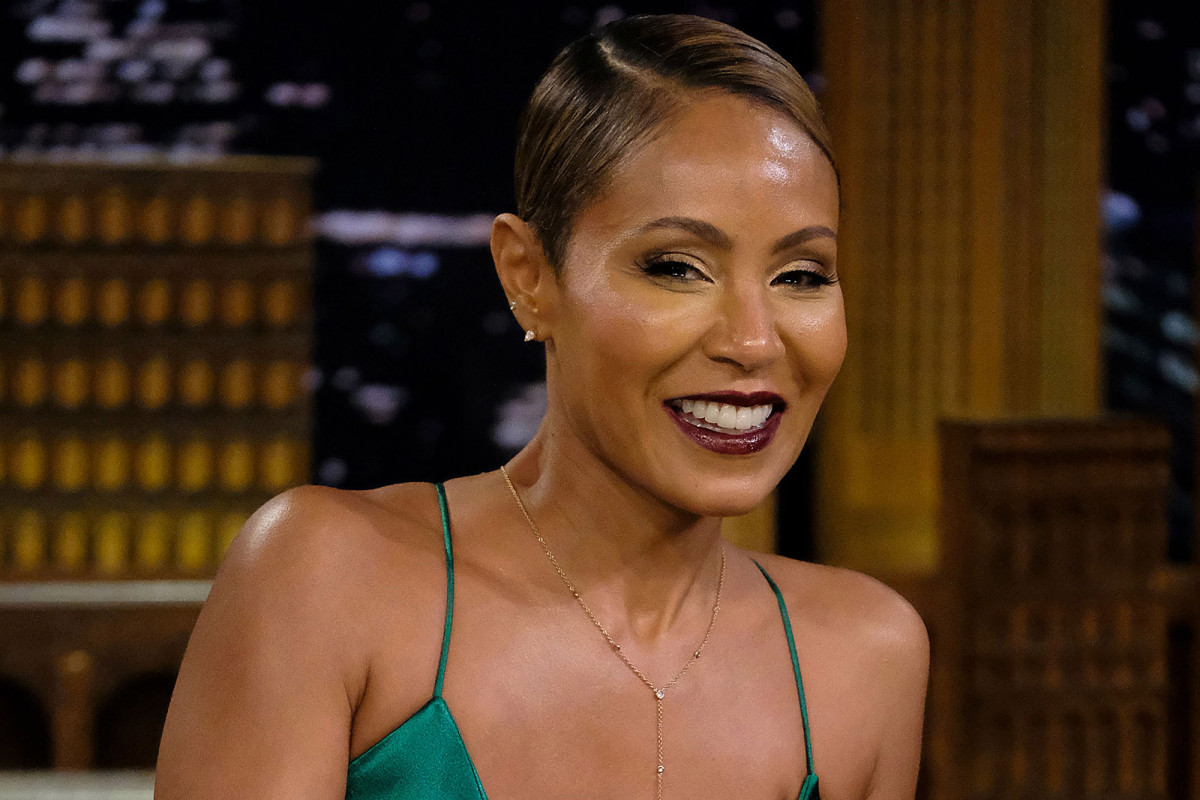 Jada Pinkett Smith using family drama to promote Facebook show https://t.co/mCoEAo7Fqn https://t.co/bD2VRvtNeX