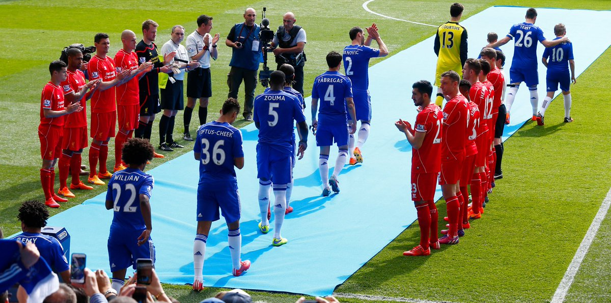 RT @coIkett: mourinho made gerrard give teenage RLC a guard of honour for rejecting him 😭 https://t.co/mIv0zTISrm