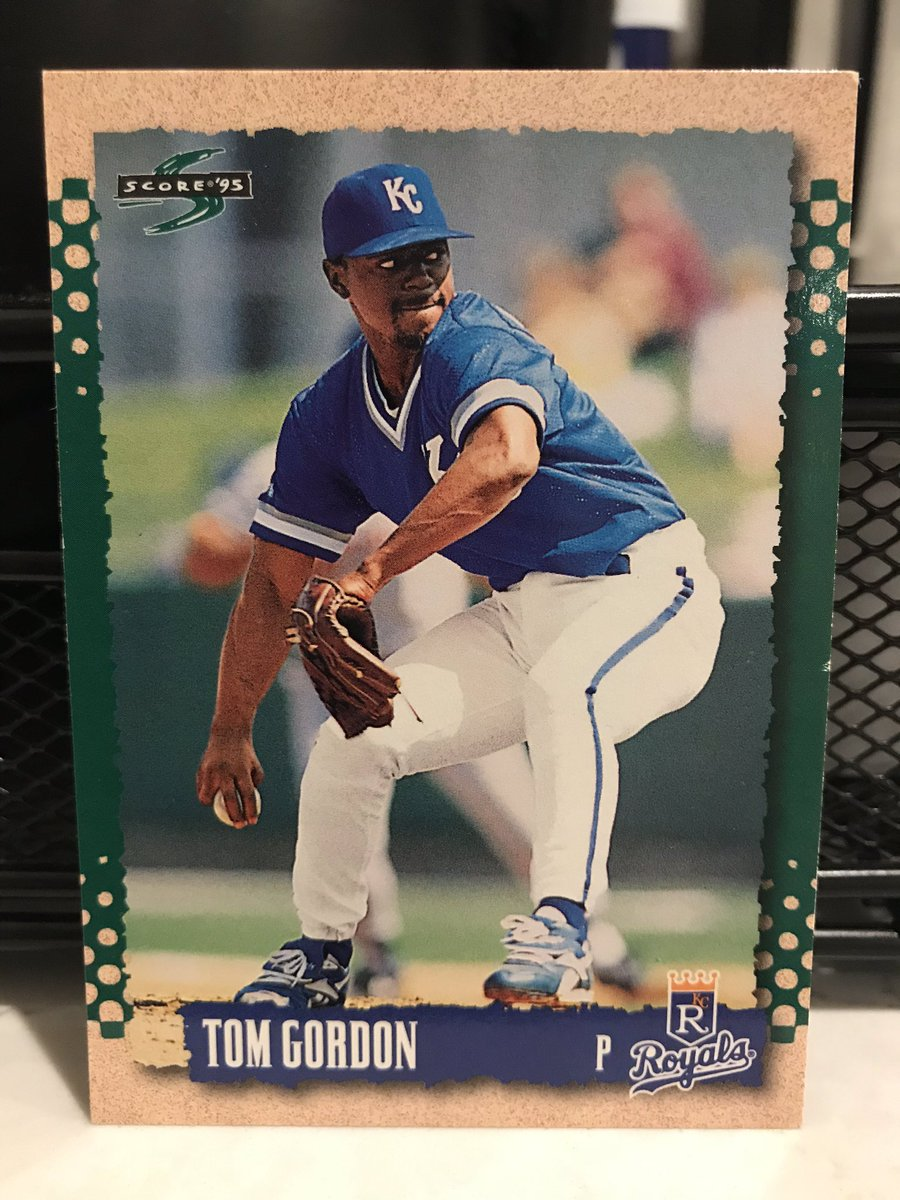 Tom Gordon debuted at 20 in '88 and pitched until he was 41 in '09. Played for 8 teams, including both in Chicago. Made $56M. Spent a decade as a starter (97-90, 4.21), then made his first ASG at 30 as a closer. Underwent TJ surgery, then was an All-Star again at ages 36 & 38–