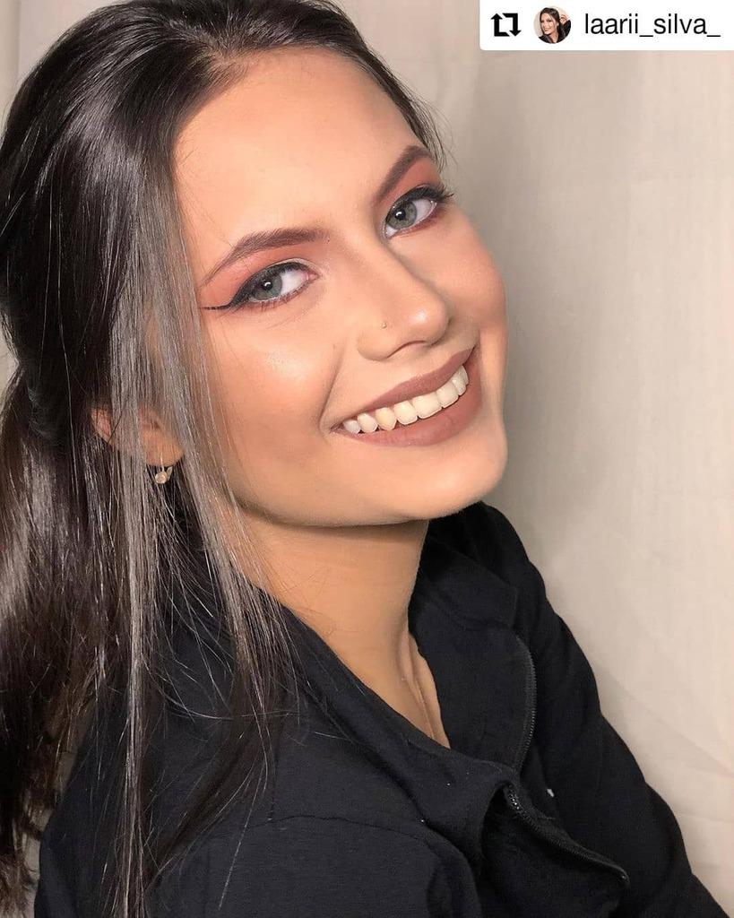 #Repost @laarii_silva_ • • • • • • Pra completar a fileirinha dessa make! @sarahkraussmakeup . . . . . #makeup#make#makeupartist#makeuplover#makeuplook#makeupideas#makeuplooks#makes#maker#makers#makemoments#maquiagem#maquiagembrasil#maquiagemx#m… https://instagr.am/p/CCJxVmMMMG_/pic.twitter.com/XnIIh4QjZ1