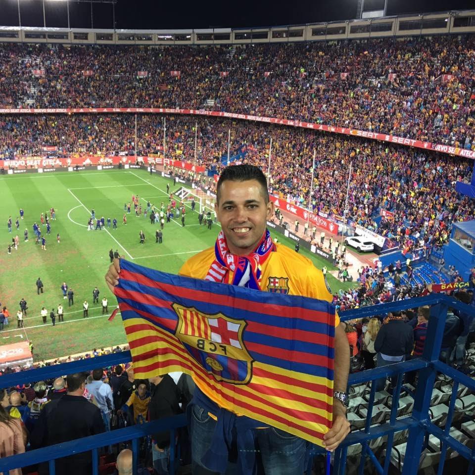 @juanmaHumilAfic Puedo decir que estuve en em@jltimo partido oficial en este emblemático estadio como el #VicenteCalderon en la final de #CopaDelRey #SevillaBarca https://t.co/ybqU7DjN2n