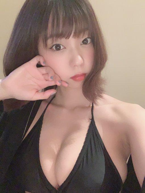 グラビアアイドル青山ひかるのTwitter自撮りエロ画像32