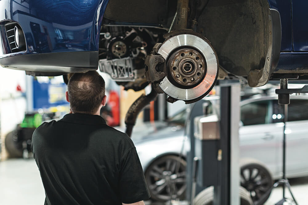 Drivers urged to avoid the expected MOT rush by booking now https://t.co/5zVn3rHTLZ https://t.co/yVJfJiJ7sT