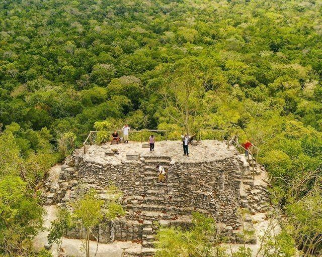 La Gran Pirámide de la Danta es considerada como la pirámide más grande del mundo por su volumen. Está ubicada en las ruinas de El Mirador en la selva de Petén 🌎🌿⠀⠀ ⠀⠀ The Great Pyramid of the Danta is considered the largest pyramid in the world … https://t.co/vIUosQCt5f https://t.co/1cpFTbBBAX