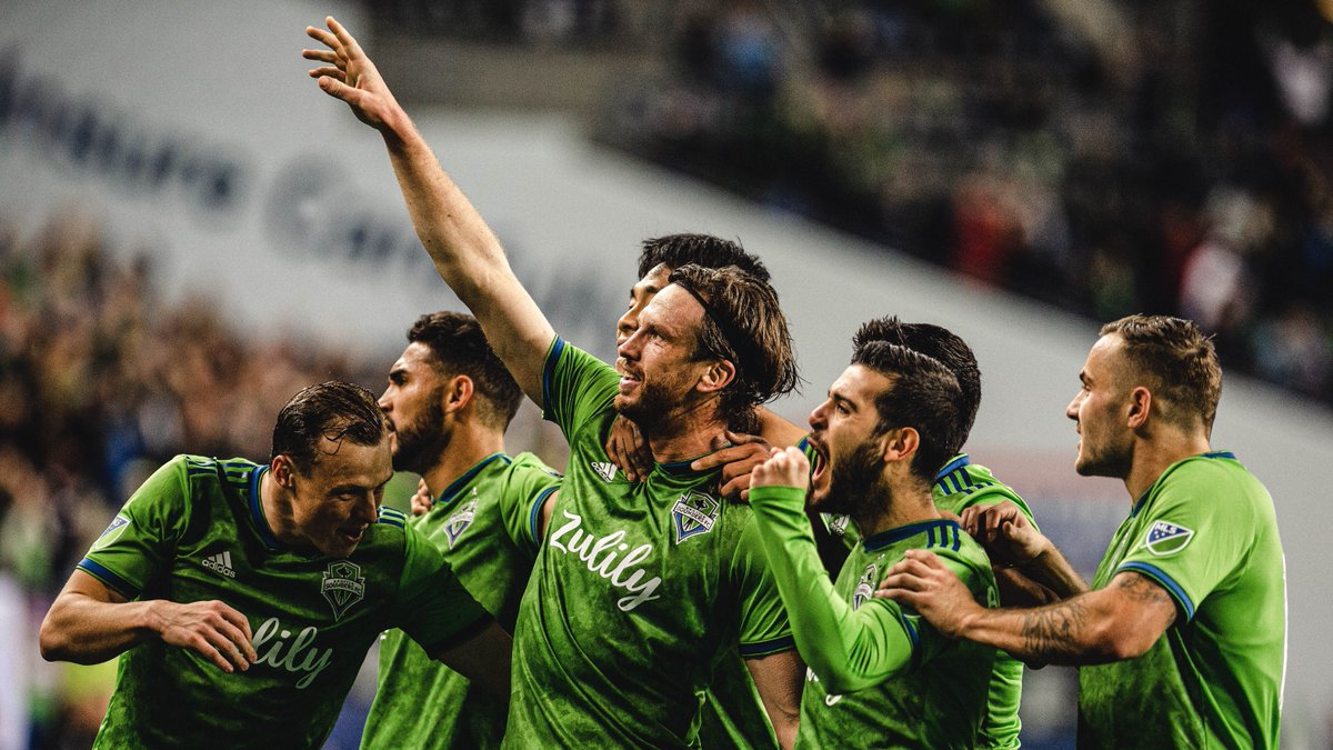 Hi, Goose! 👋  Don't miss this week's episode with @Zakuani11 and @brad_evans3, as Gustav Svensson joins in ahead of the #MLSisBack Tournament. 🇸🇪   LISTEN ➡️ https://t.co/vuxVUfnzoG https://t.co/RuX6zKMiz4