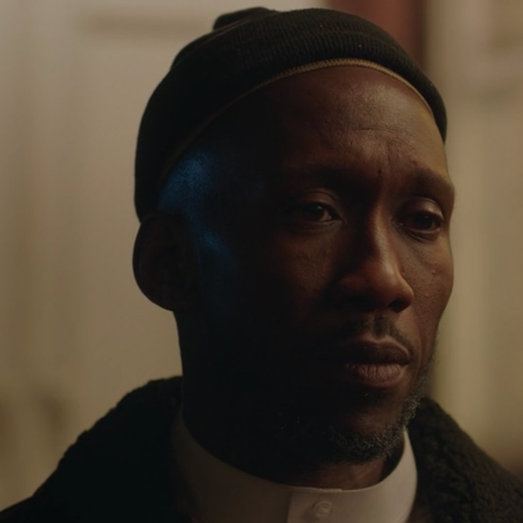 Mahershala Ali but as you keep scrolling his smile gets bigger: A Thread. https://t.co/7qlg24HESG