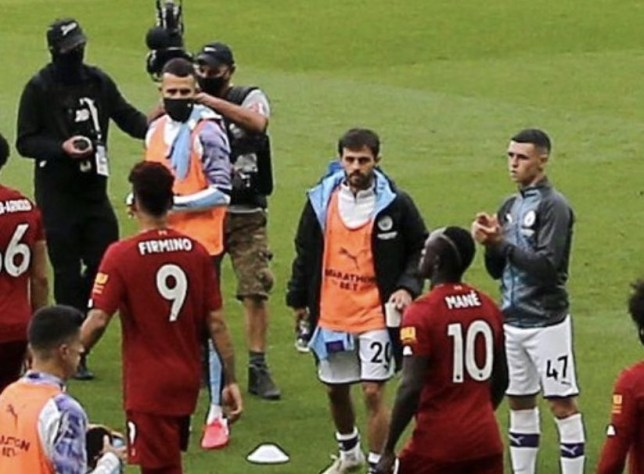 ข่าวฟุตบอล  -  guard of honour ไม่ใช่ทุกคนที่จะเต็มใจอยากทำ