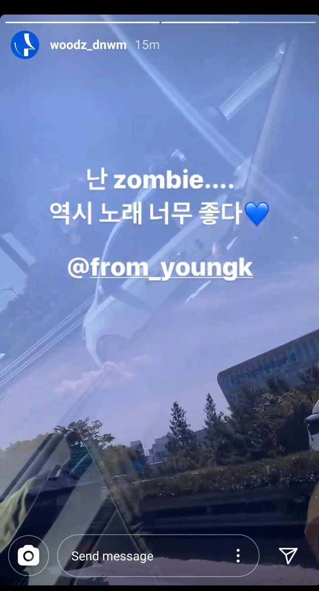 YoungK uploaded a video of him singing Memories by Woodz last night. And Woodz uploaded a video of him singing to Zombie just now, haha. I love this interaction. <br>http://pic.twitter.com/6kEqjH5bYh