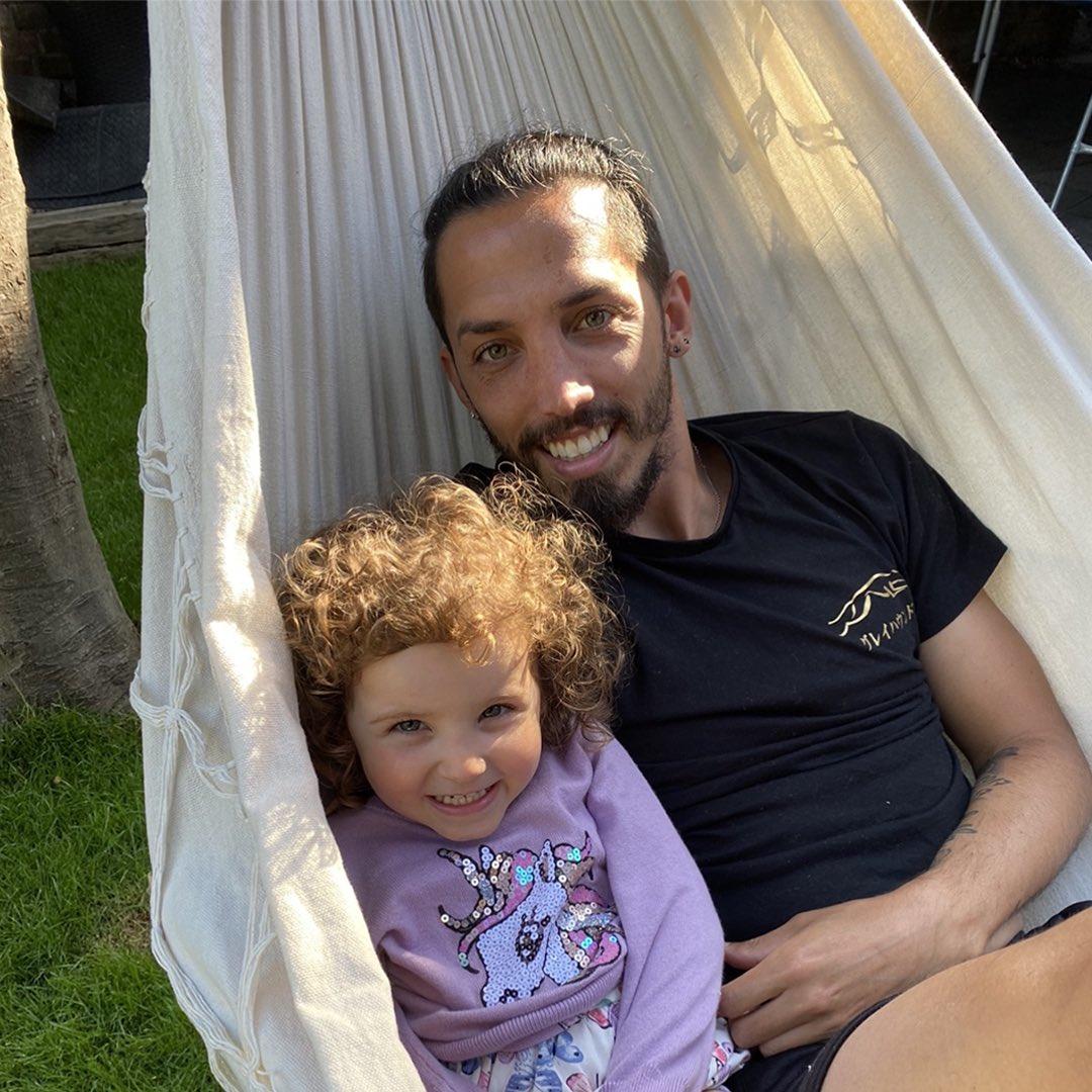 Mi vida ❤️ #FathersDay 😊🇦🇷 #diadelpadre @GrilloGisse https://t.co/3o8GnajmB9