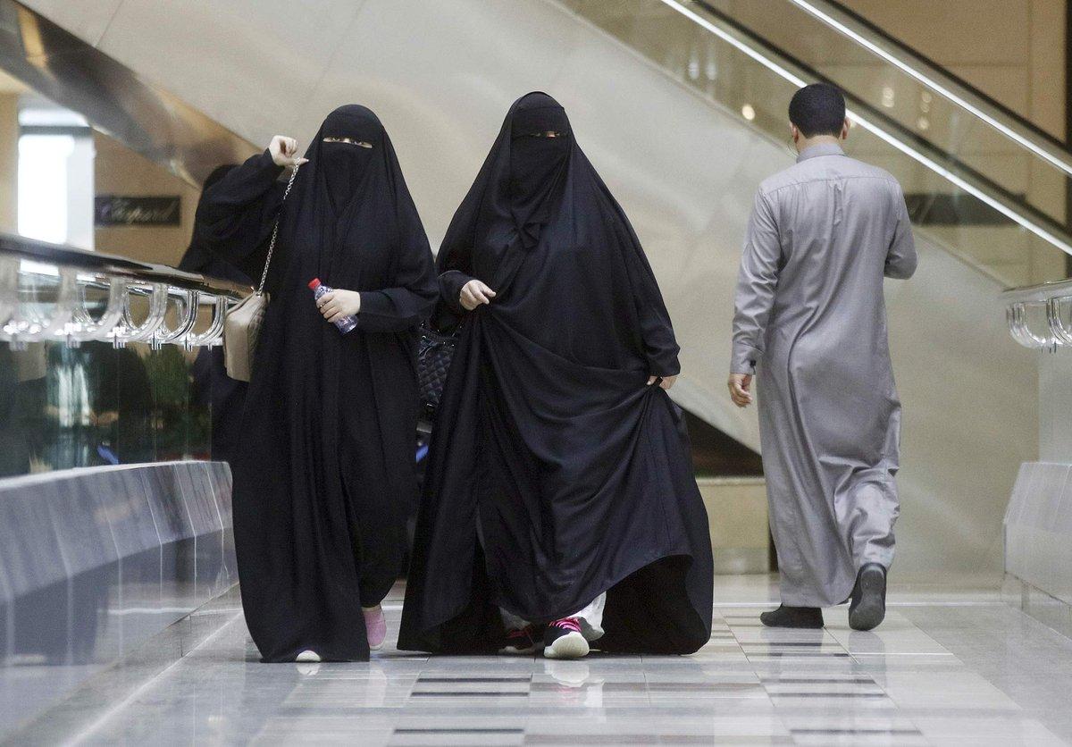 перекаченными как живут люди в саудовской аравии фото цвет