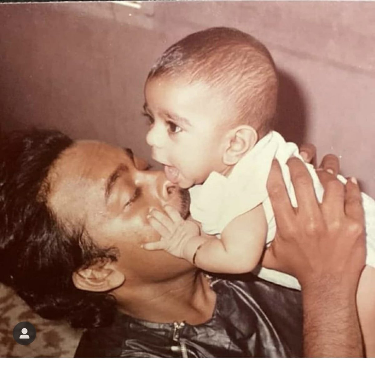 There is no need to define few bonds!! Happy Father's Day!! 😍♥️