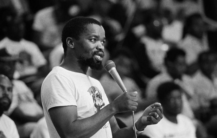 A happy 65th birthday to the National Chairperson of the African National Congress. Cde @GwedeMantashe1 has dedicated his life to the cause of a united, just, democratic and prosperous South Africa. We wish him well and may he grow from strength to strength. #HappyBirthdayMqwathi https://t.co/tD1aCtddqo
