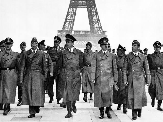 RT @fracmentos: En el marco de la Segunda Guerra Mundial, Francia se rinde ante Alemania en junio de 1940. https://t.co/gsVnfs60L5