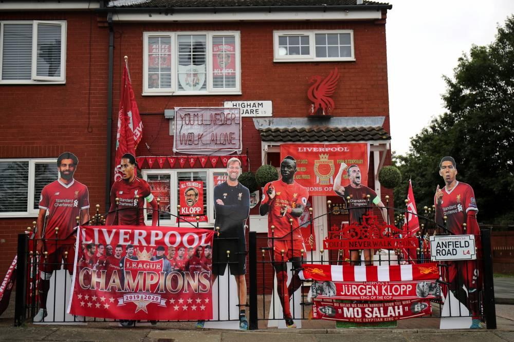 Liverpool x Football Un journaliste, un compositeur et le directeur dune banque alimentaire locale racontent comment le football coule dans les veines de la ville. 💉 ➡️bit.ly/3dkwOO2