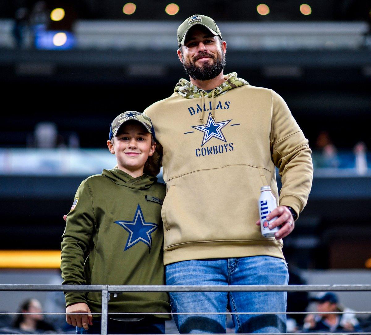 #CowboysNation, Happy #FathersDay from #ATTStadium! 💙🏈 https://t.co/KPlGEo6O7V