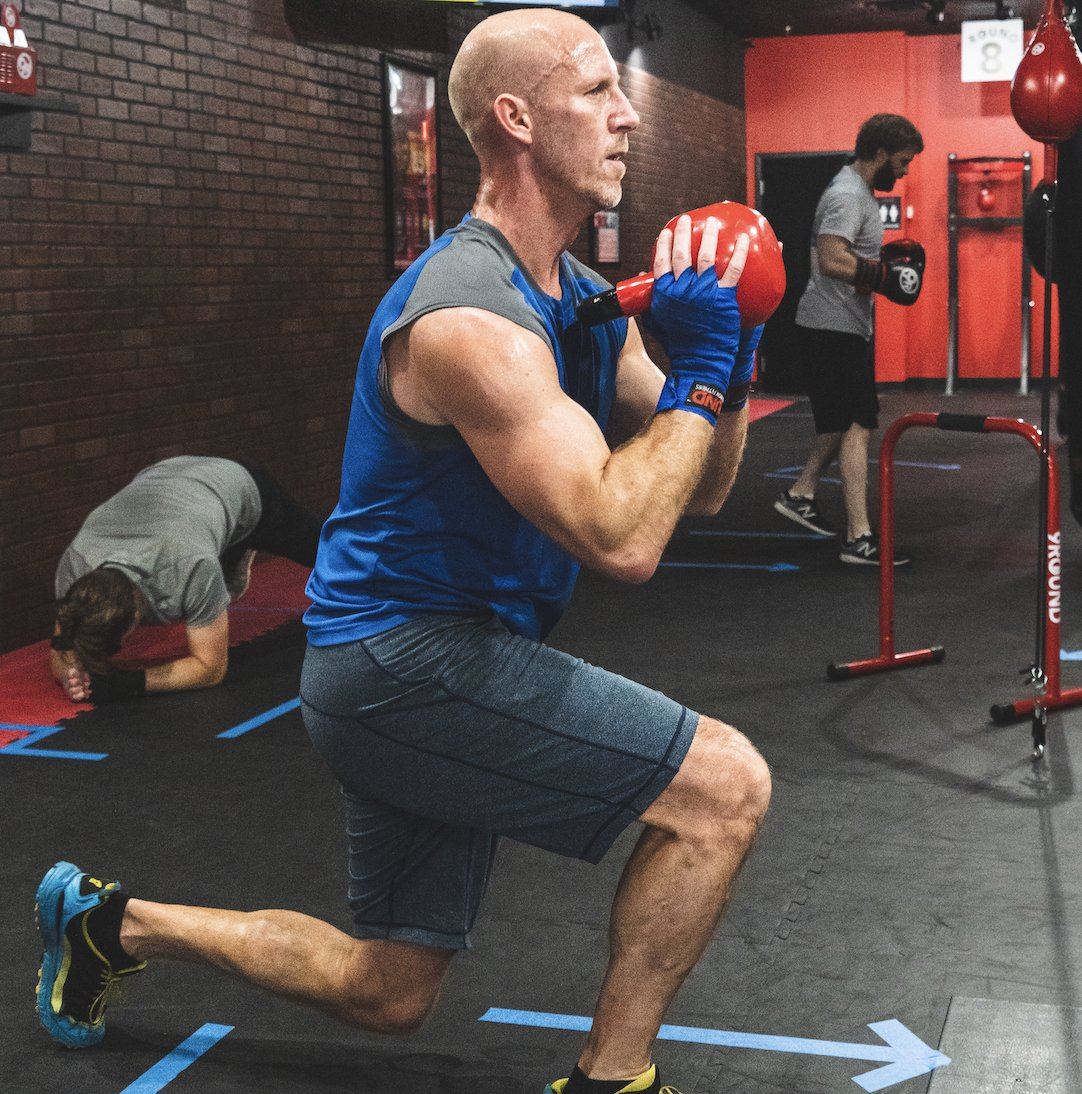 DYK: lunges not only engage your leg muscles, but also your core? As you complete the total range of motion for a lunge, your core is helping you maintain your balance to keep you stable during the exercise!  #9Round #9RoundNOW #9RoundNation #Fitness #9RoundFitness #Workout https://t.co/9lbG8Ngu9C