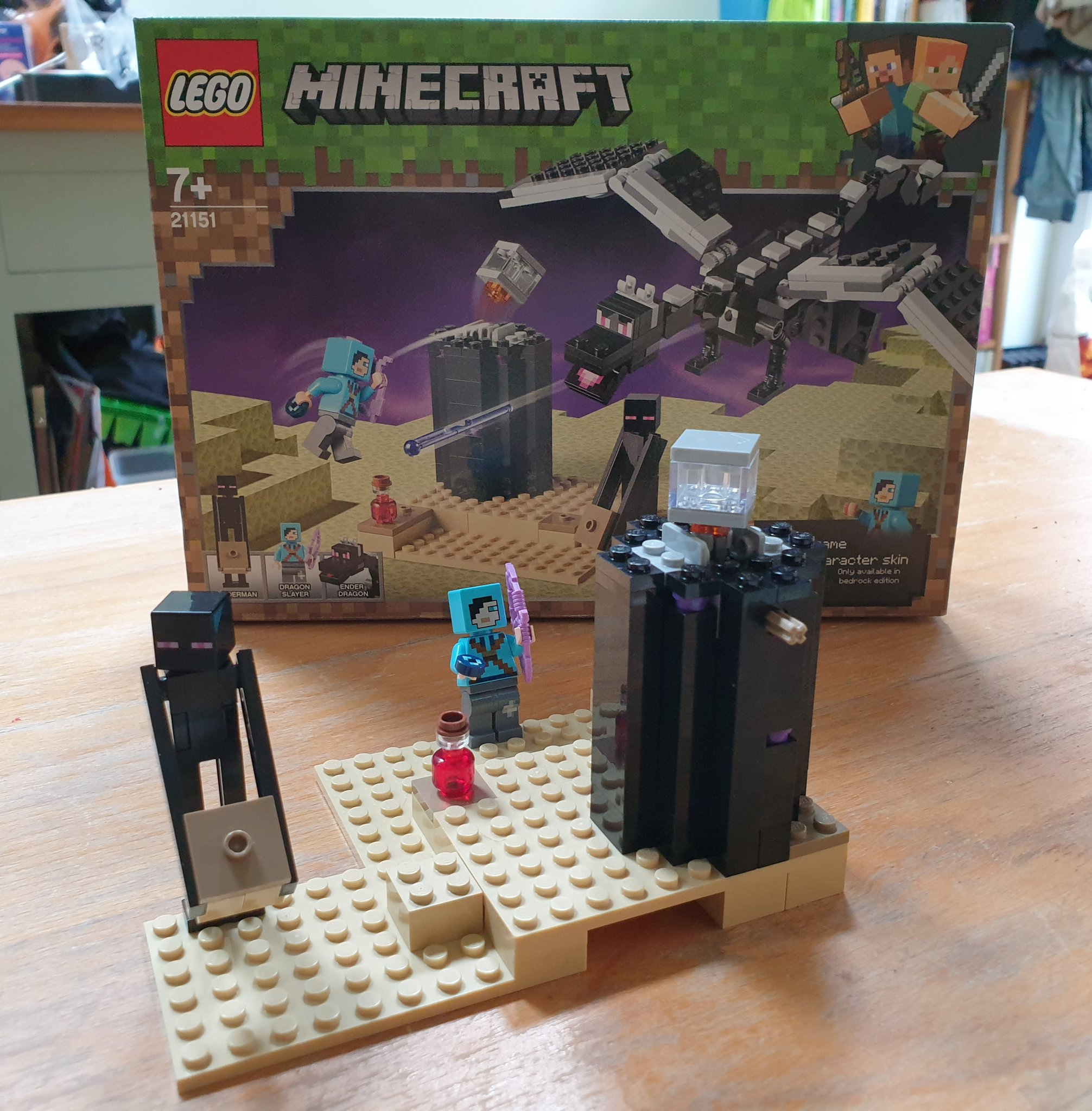 Twitter À¤ªà¤° David K Smith First Part Of Our Lego Minecraft The End Set Is Built Dragon Slayer Enderman And Obsidian Tower Apparently So The 7yo Tells Me Next Time The