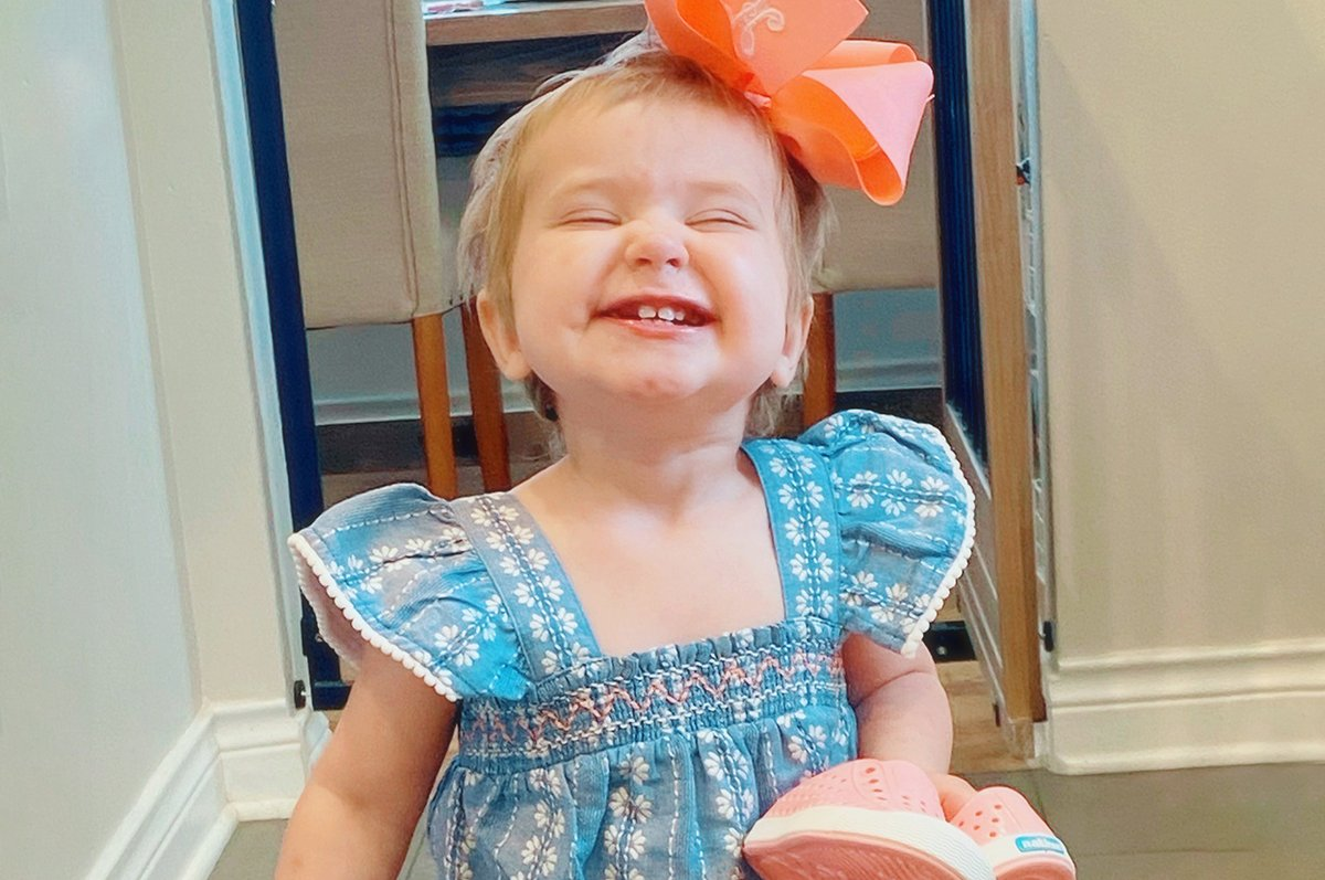Happy Birthday to Ambassador Hudson! Today she turns two and has lots to celebrate – she'll soon be a big sister AND her last scans were clear.  Celebrate with Hudson by donating in her honor to #DFYchildhoodCancers: https://t.co/BW2L9u1Ocv https://t.co/Srz583cKx1