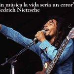Image for the Tweet beginning: ¡ Sin música la vida