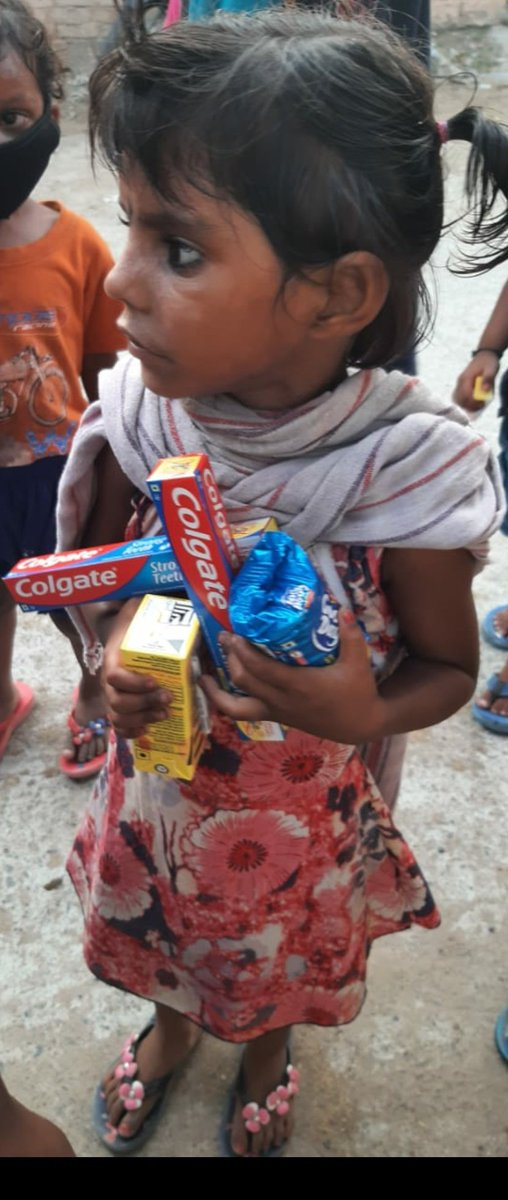 According to MoHFW, dental caries affects about 60% & periodontal disease about 85% of the Indian population. @Colgate @ColgateIndia @DCPCR distributed 28,000 oral kits to children below the age of 7 to encourage them to maintain a healthy oral routine during #pandemic https://t.co/nVCQ0oI0av