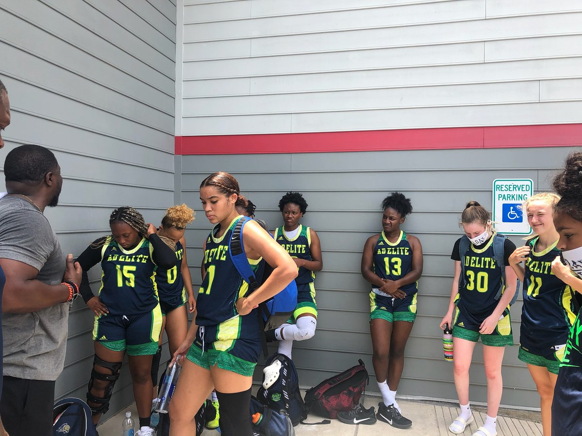 Great Weekend, Great way to start the summer season played great competition and got better, got alot to work on time to get back in the gym #AllDay🏀 #ChasingScholarships https://t.co/ccPaFusqsK