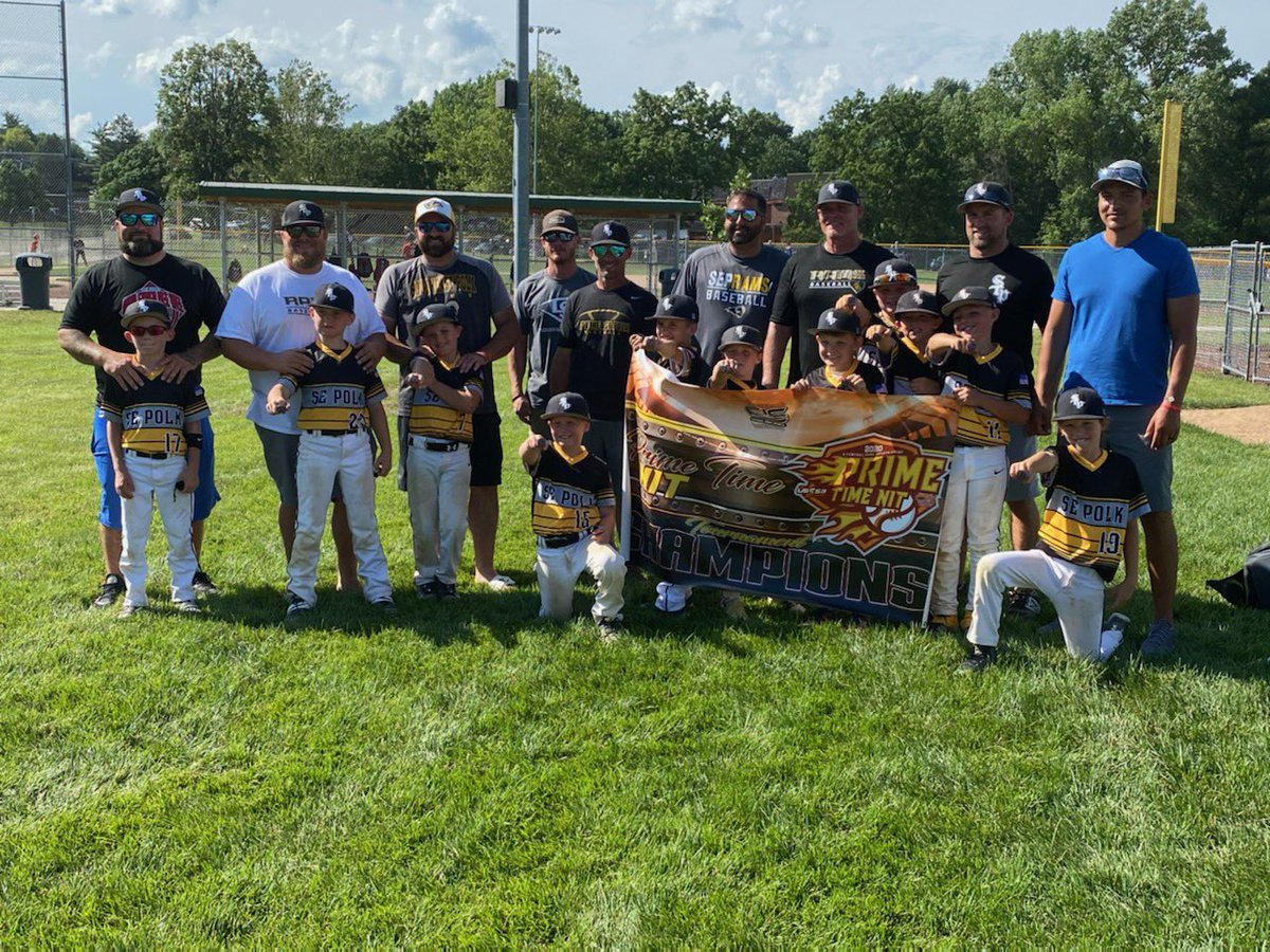 8U Black roll to their victory in the Prim Time NIT after a hard fought, extra inning battle in the quarters against the Omaha Gladiators! Congratulations and happy dad' day!! https://t.co/4kaoFxZPqc