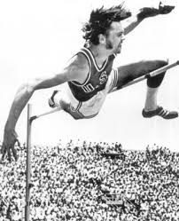 July 3, 1971: @BadgerTrackXC Pat Matzdorf set a new world record in the high jump soaring 7'6 and a quarter inches. The 21‐year‐old, a UW track and field All American and Sheboygan native, cleared 7 feet 6.25 inches, erasing the standard set by Valery Brumel of the Soviet Union https://t.co/RjG6bo6GqM