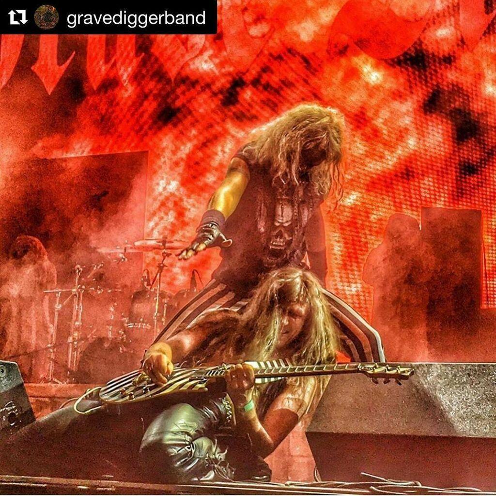 #Repost @gravediggerband with @get_repost  ・・・  WE'll BE BACK ON STAGE SOON! STAY TUNED! #gravedigger #gravediggerband #axelritt #ironfinger #the_real_ironfinger   https://www.instagram.com/p/CBuim2QI958/?igshid=1dzlcllfv44sh…pic.twitter.com/tGrZf0dMcv
