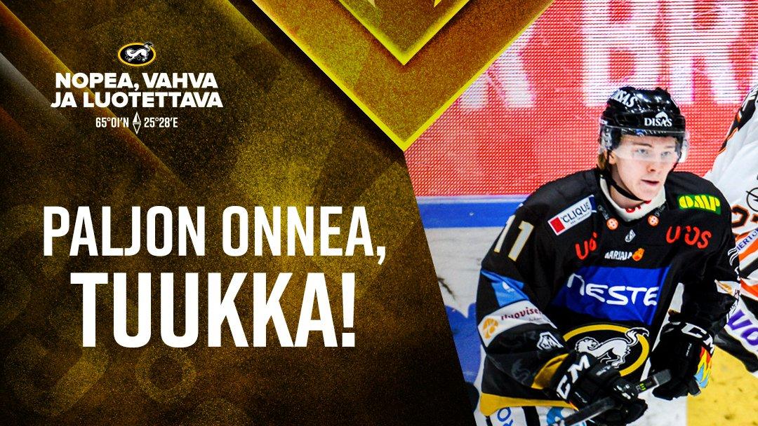 Uusi viikko alkaa hyökkääjä Tuukka Tieksolan täyttäessä 19 vuotta 🎂 Isosti onnea, Tase! 🤩🤩  #Kärpät #Liiga https://t.co/V6gTH01cZP