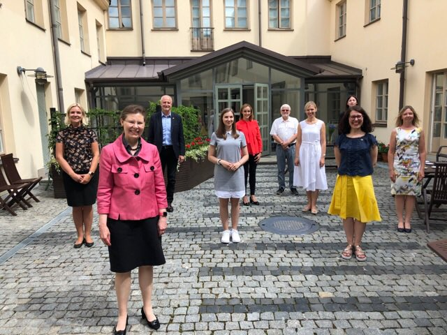 #Swedish Chamber of #Commerce has always been an excellent & much appreciated partner of @SwedeninLTU Very creative & open for cooperation. #Business , #investment & #trade essential parts of #Sweden #Lithuania relationship. But indeed scope for much more! #chamberofcommerce https://t.co/g2ODeU9iaa